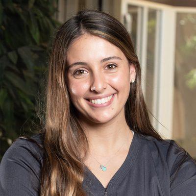 Chiropractic Naples FL Shyanne Assistant